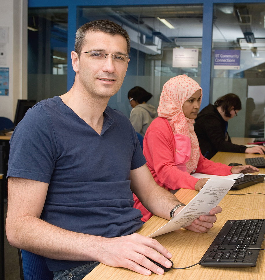 homepage-image-of-man-and-woman-studying